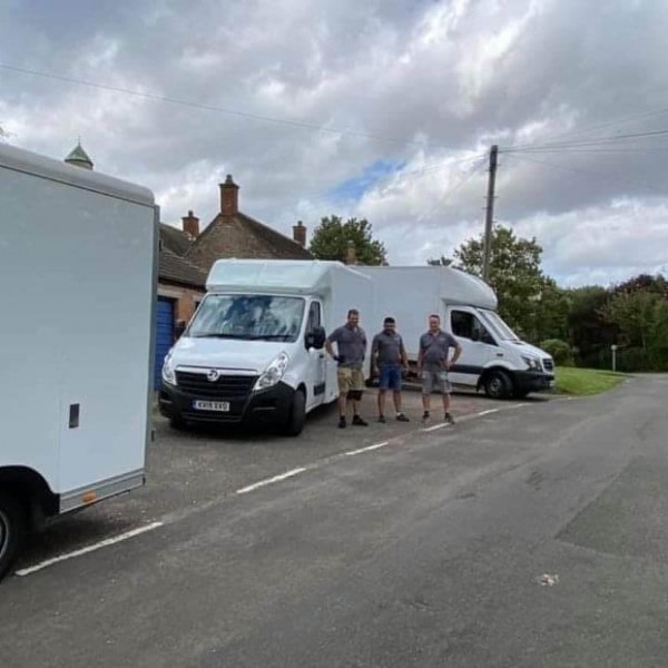 courier service uk